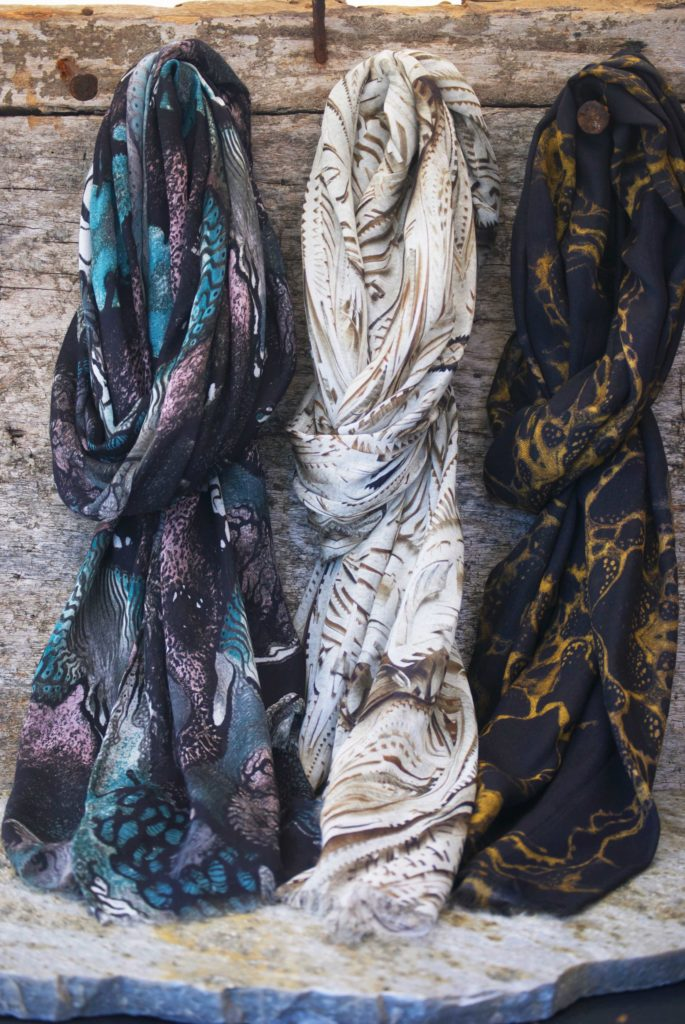 Scarves / MODRA Style